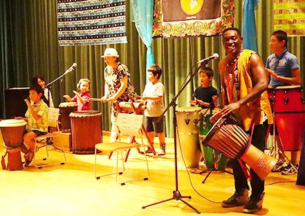 「B.Bモフラン 親子で楽しむアフリカンリズム♪」~アフリカの太鼓で歌って踊ろう~
