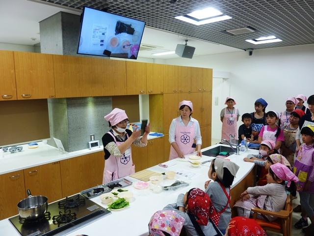 料理教室「GWスペシャル 桃の花の飾りずしを作ろう!」