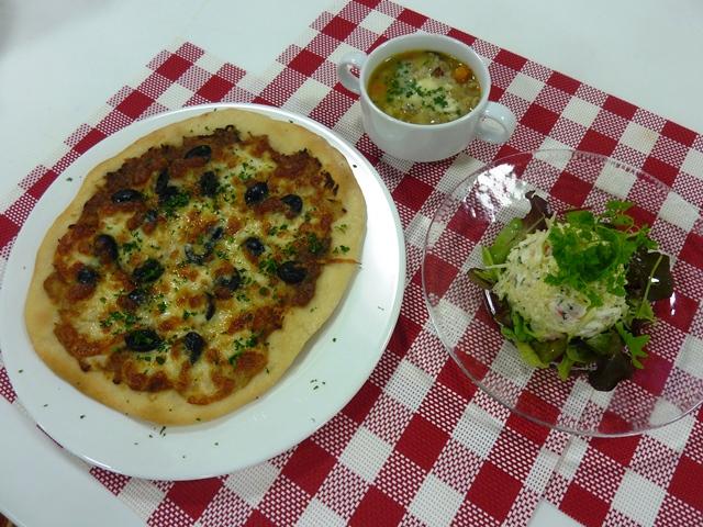 料理教室 「地元のチーズと野菜で作る本格フレンチ」を開催しました。