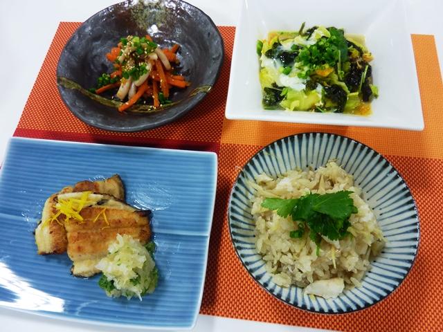 料理教室 「カレイをさばいて作る和食膳」を開催しました。