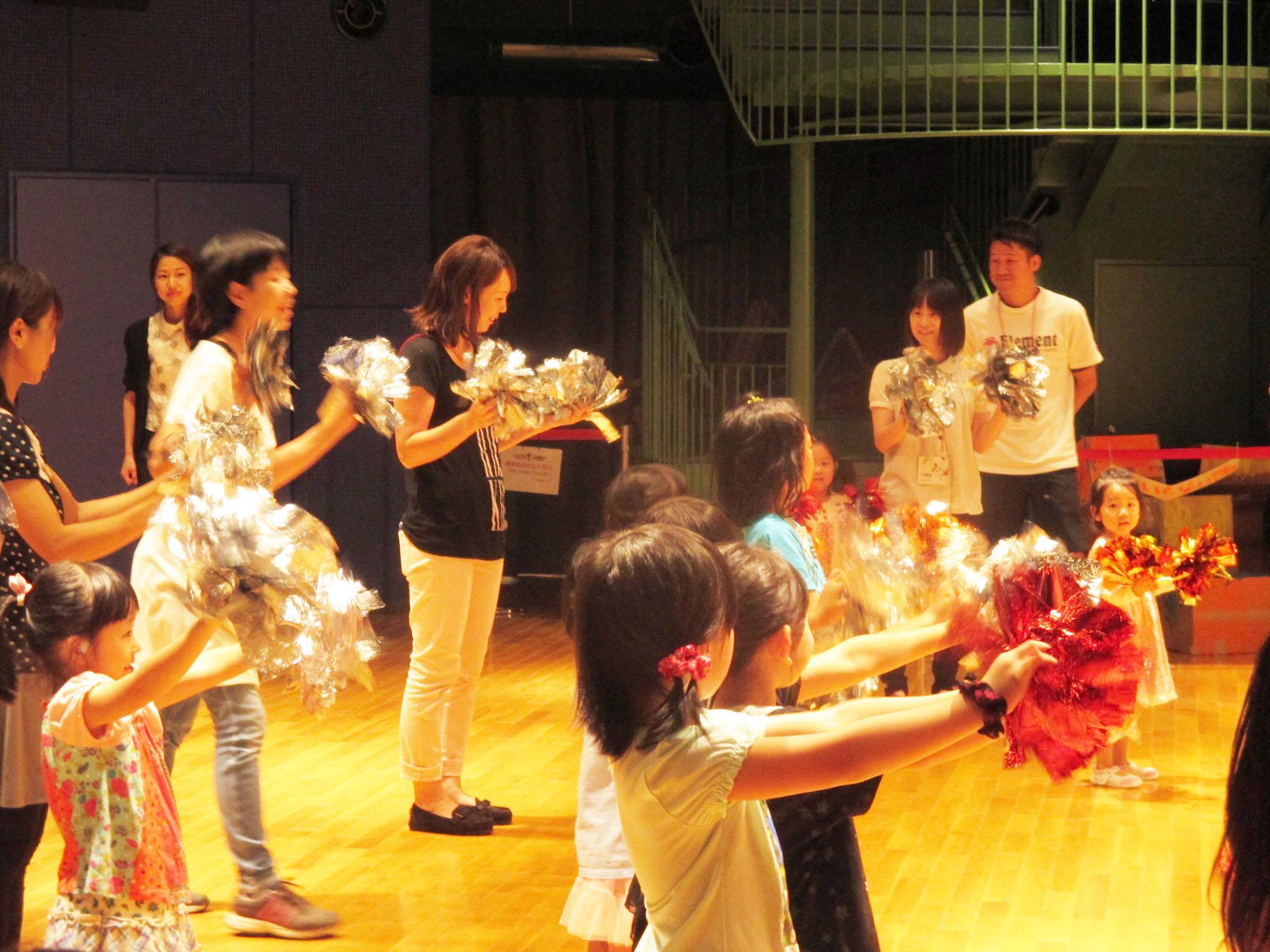 あるチア訪問隊★親子チアダンス教室