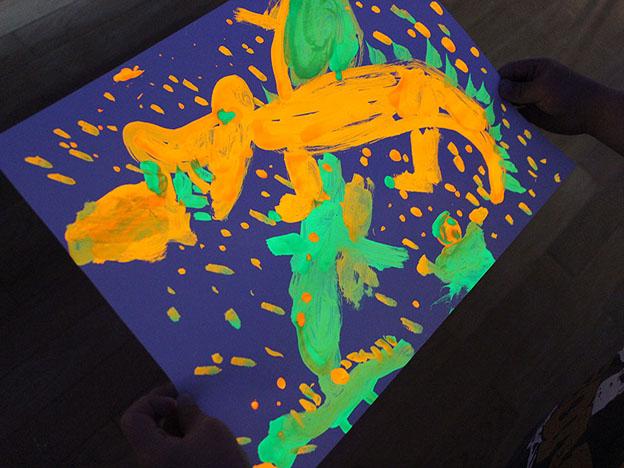 「光と絵の具のアート」-みどりのくにをえがこう♪-