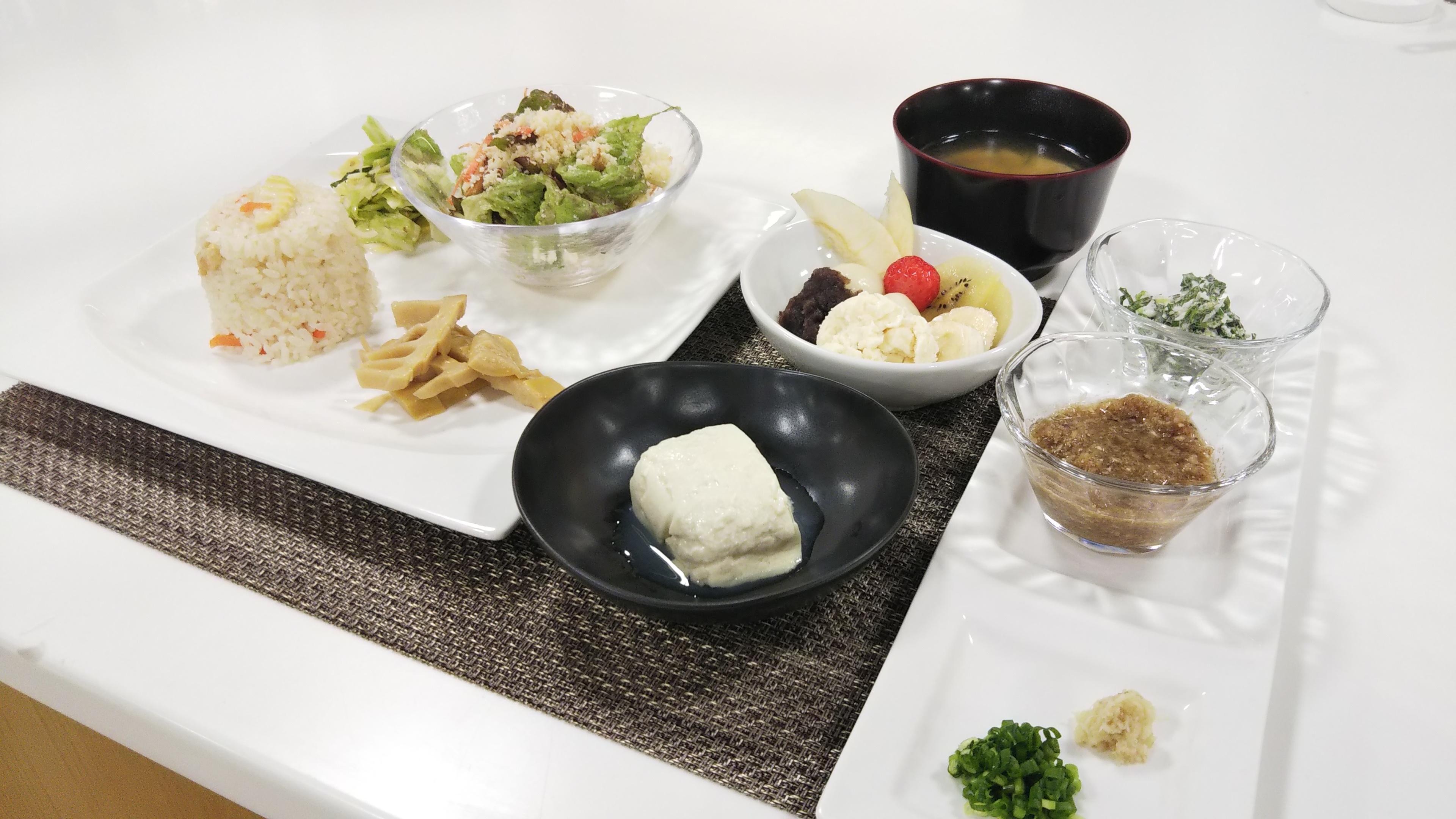 お料理教室「天然にがりの手造り豆腐」