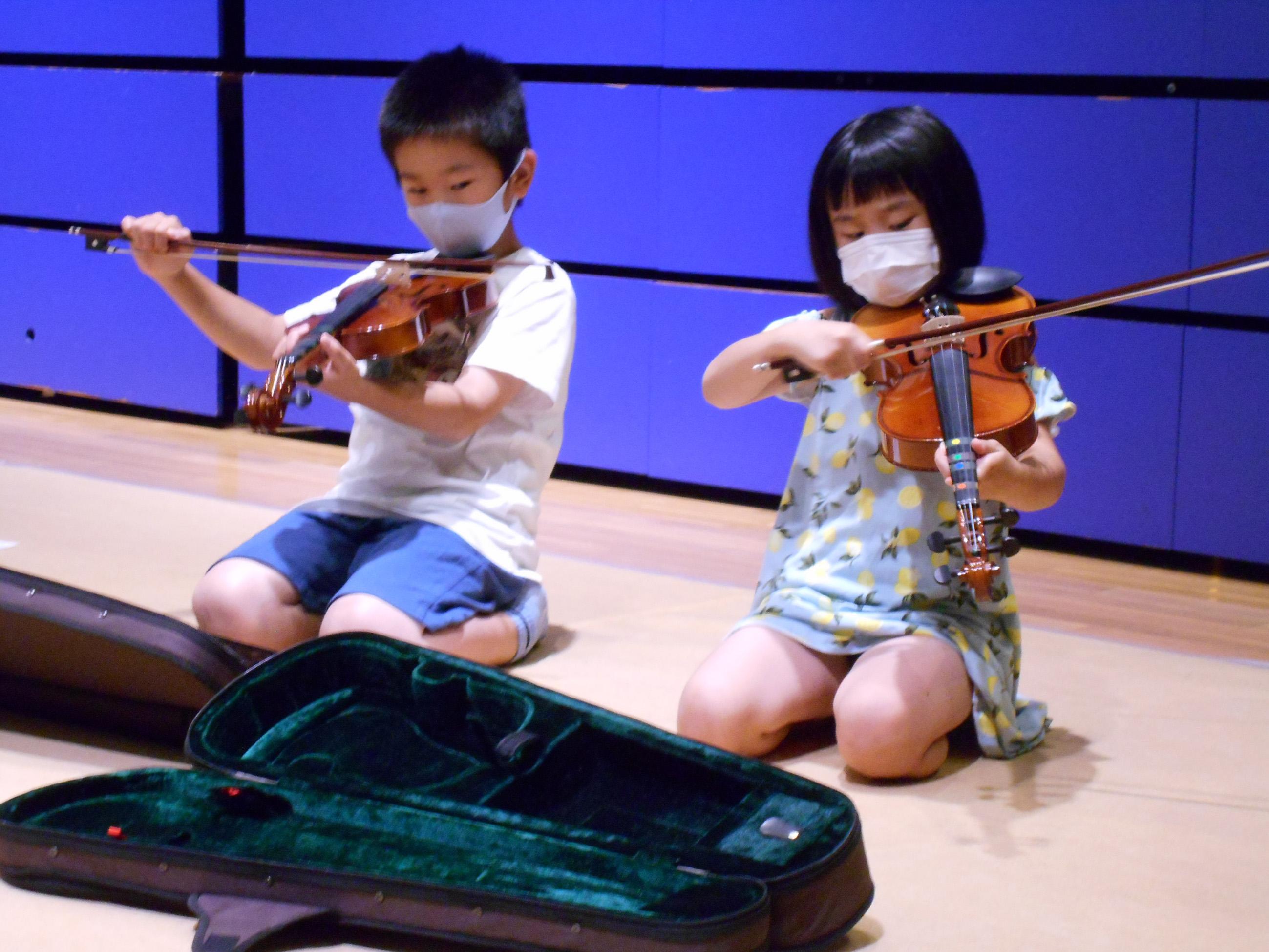 夏休み 弦楽器こどもコンサート